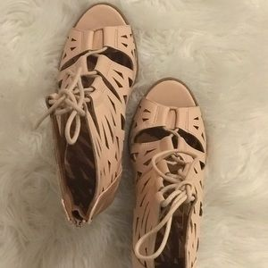 Blah pink block heel sandle